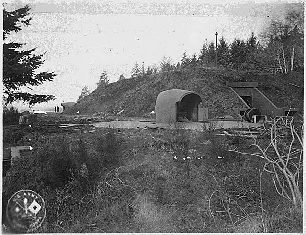 File:FortColumbiaBattery246 1 Feb 1945.jpg