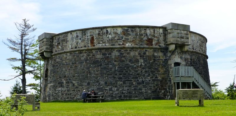 File:Prince of Wales Martello Tower - 01.jpg