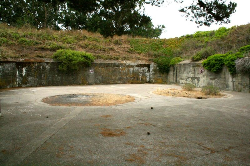 File:Fort Barry Battery Alexander Pit A.jpg
