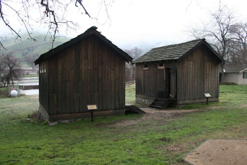 File:Fort Tejon Jail & Guardhouse.jpg