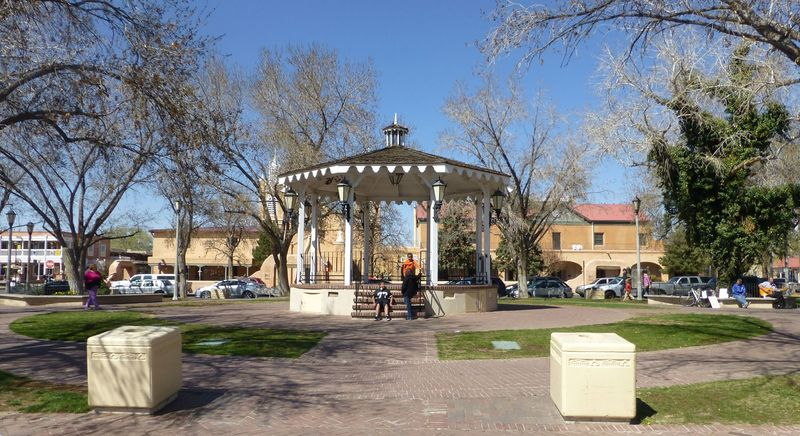 File:Albuquerque Plaza - 24.jpg