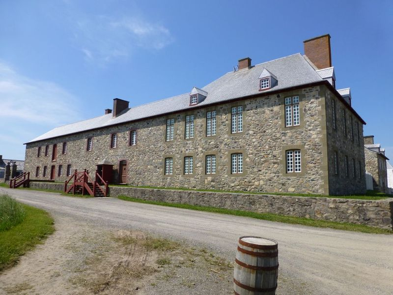 File:Fortress Louisbourg Town - 11.jpg