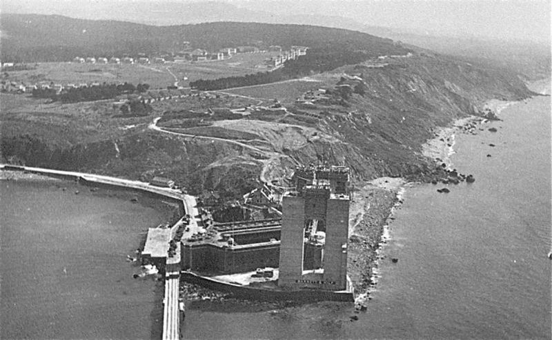File:Fort Winfield Scott GG Bridge.jpg