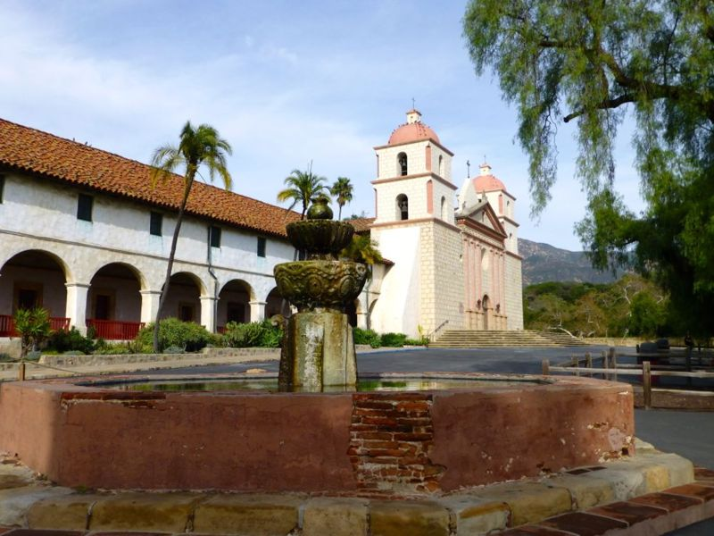 File:Mission Santa Barbara - 02.jpg