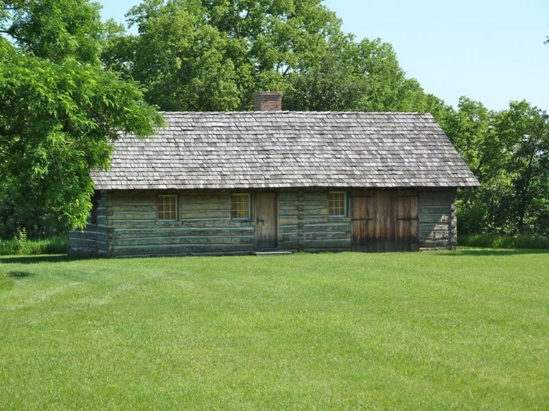 File:Fort Atkinson Armorer's House.jpg