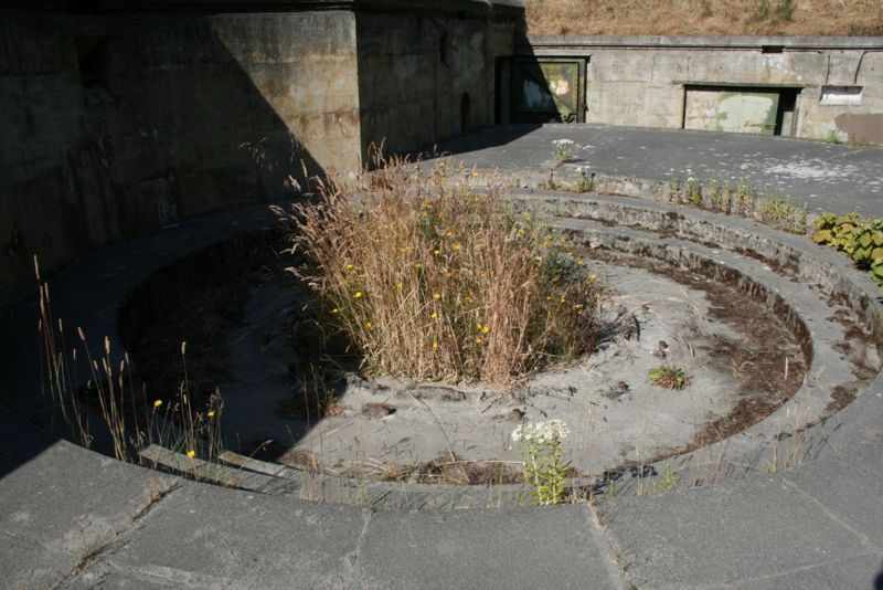 File:Fort Worden Battery Tolles A 2-2.jpg