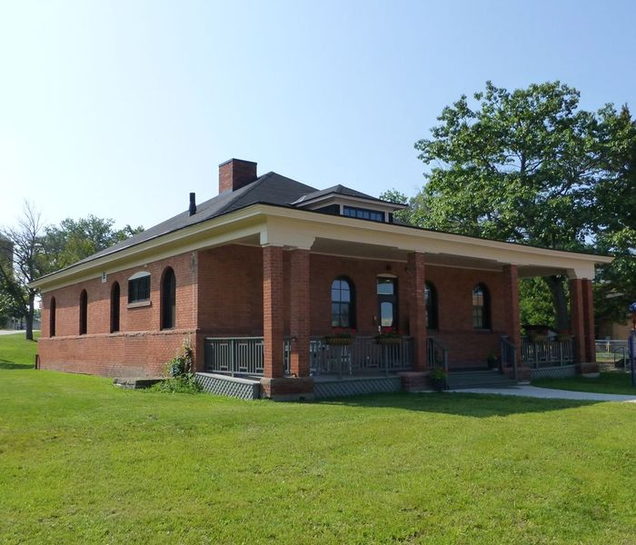 File:New Fort Brady 1893 Guardhouse - 1.jpg