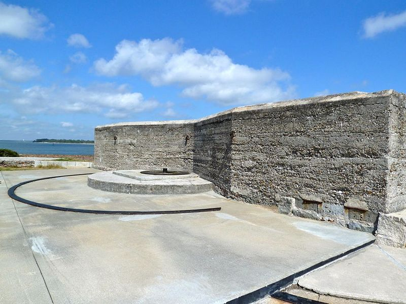 "File:Fort Clinch2 8"" Emp.jpg"