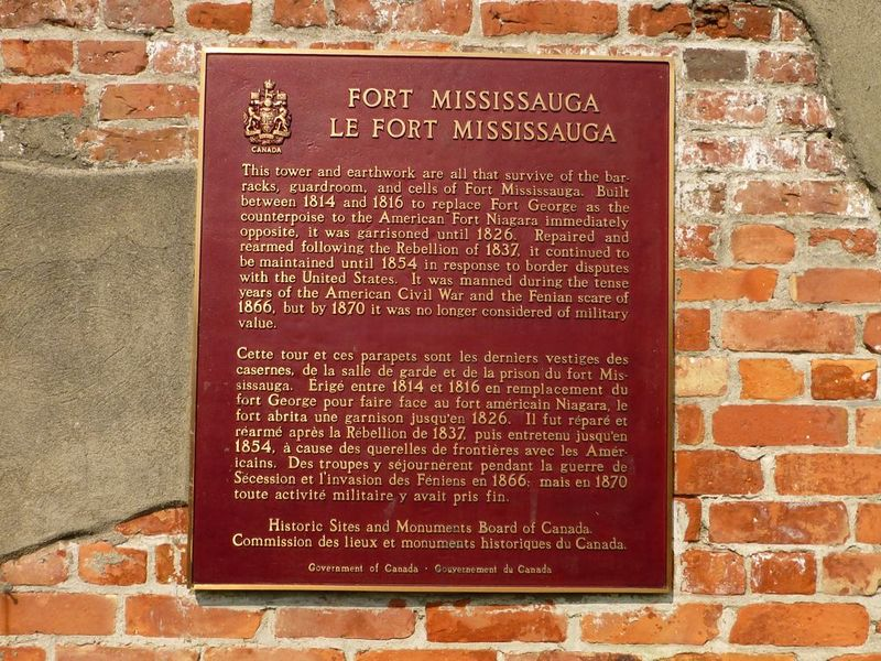 File:Fort Mississauga Markers - 1.jpg