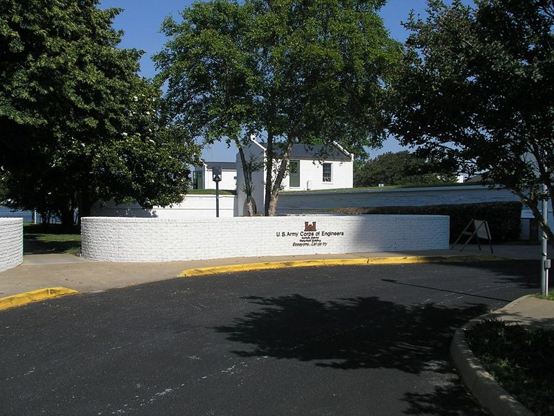 File:Fort Norfolk Main Entrance.jpg