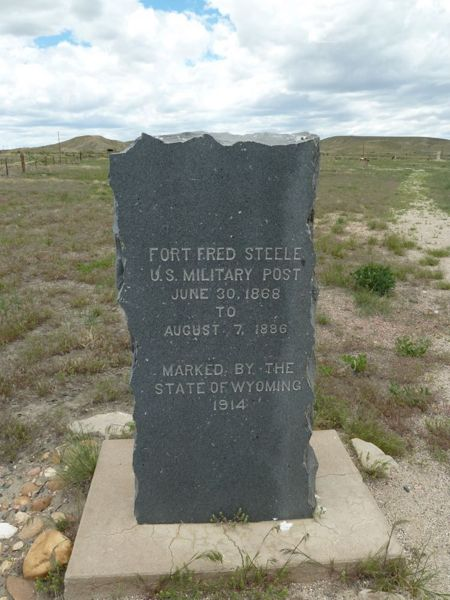 File:Fort Fred Steele State Marker - 1.jpg