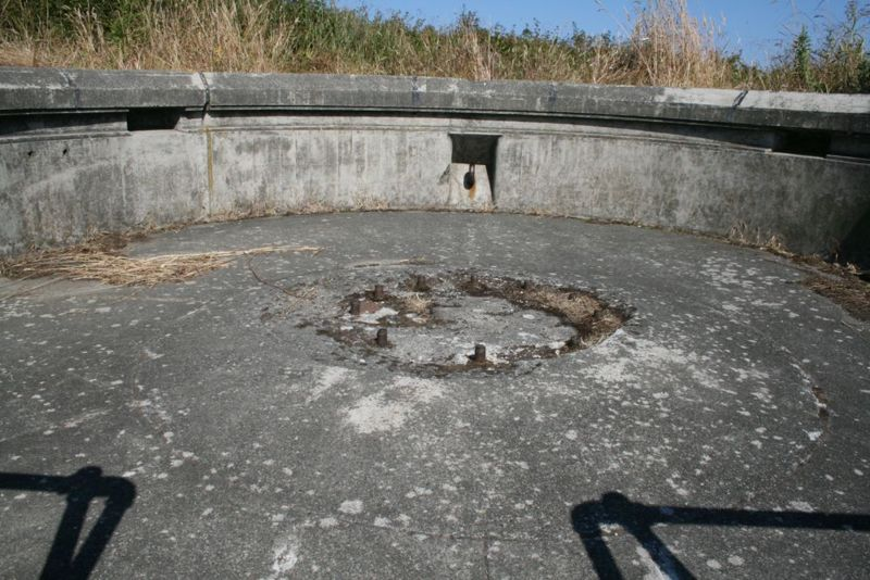 File:Fort Worden Battery Putnam Gun 1.jpg