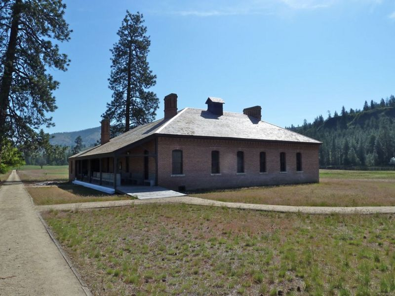 File:Fort Spokane Guardhouse - 1.jpg