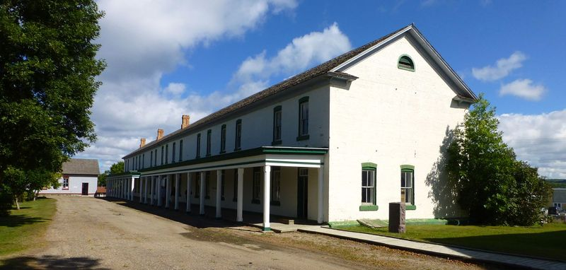File:Fort Toten1 Barracks - 07.jpg