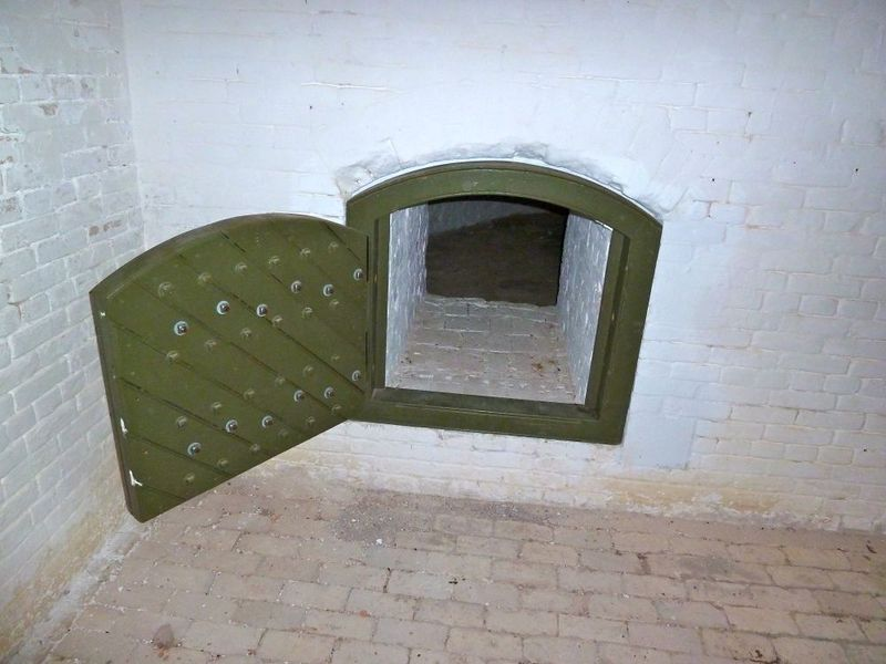 File:Advanced Redoubt2 - 08.jpg