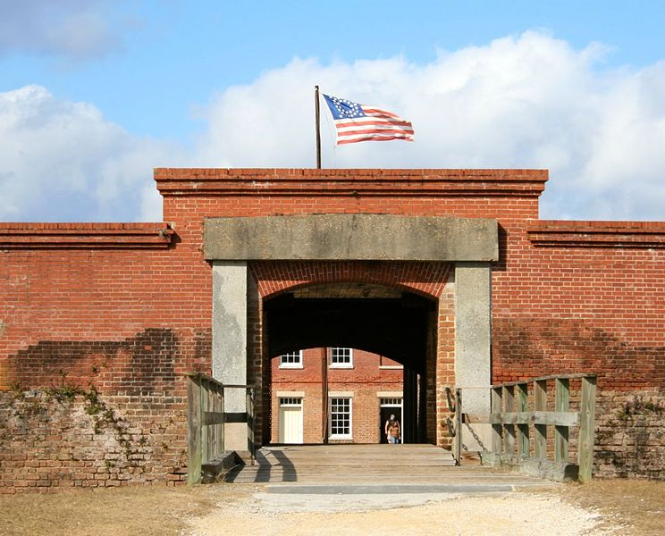 File:Fort Clinch Sally Port.jpg