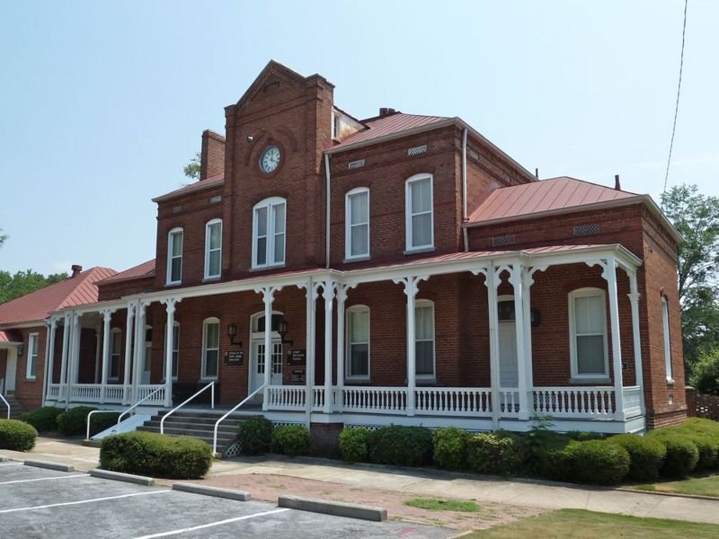File:Fort McPherson - 41 Van Horn Hall HQ.jpg