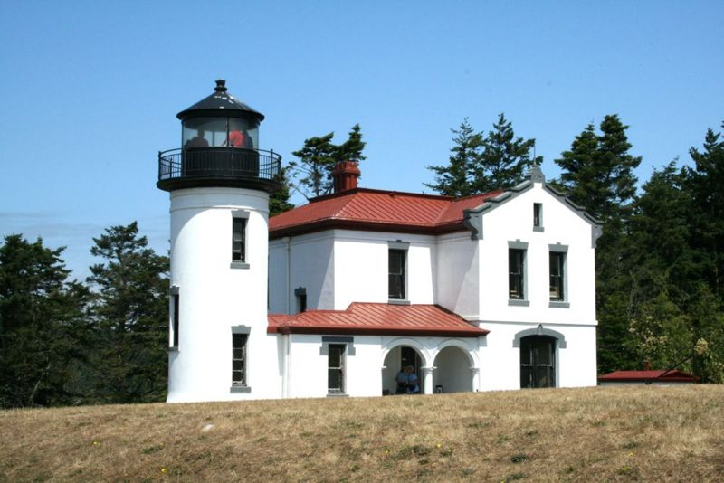File:Fort Casey Admiralty Head Lighthouse - 2.jpg
