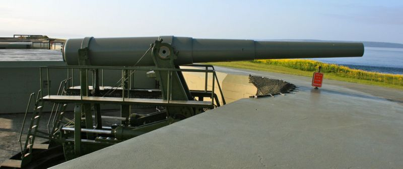 File:Fort Casey CDSG Battery Worth Gun -1 - 4.jpg