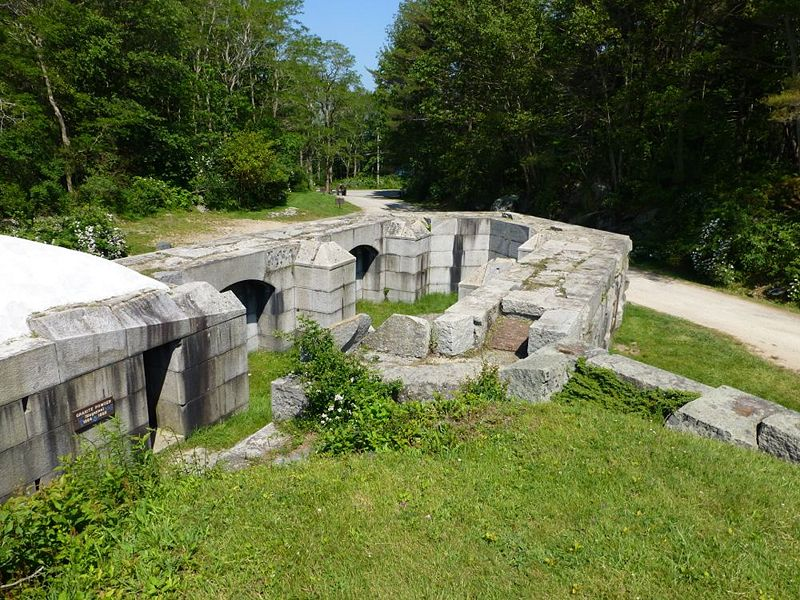 File:Fort McClary 1864 Bastion - 2.jpg