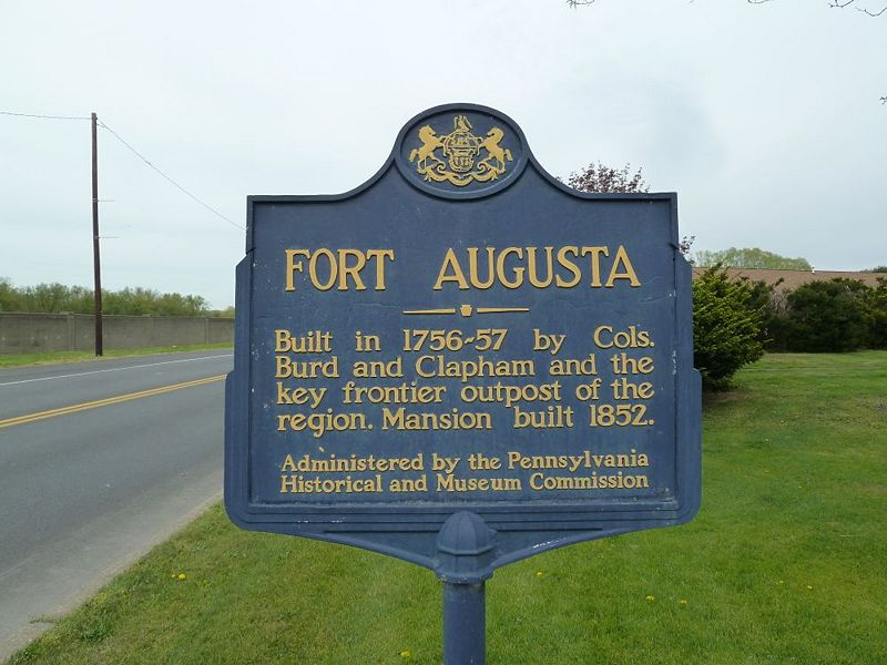File:Fort Augusta Markers - 02.jpg