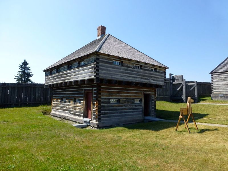 File:Fort Ingall Blockhouse.jpg