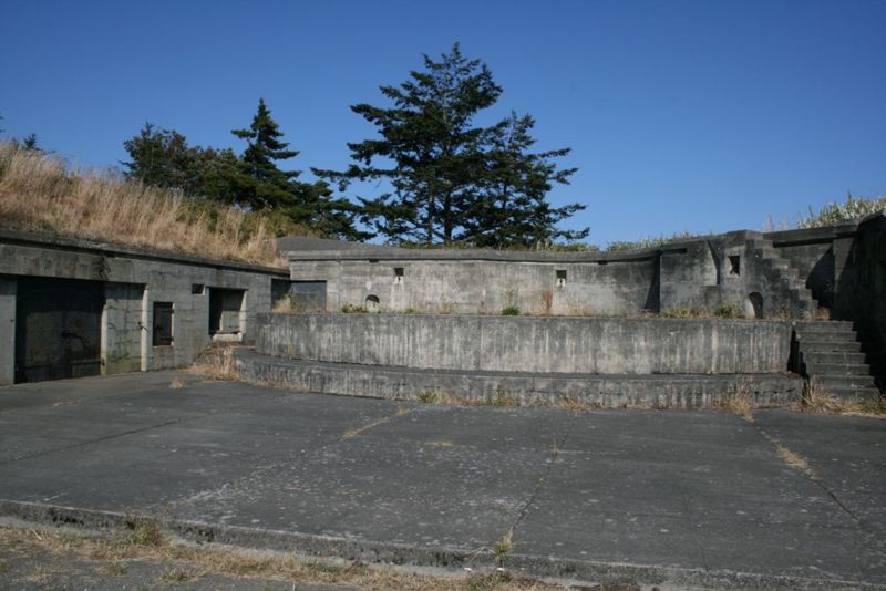 File:Fort Worden Battery Stoddard Gun 1.jpg