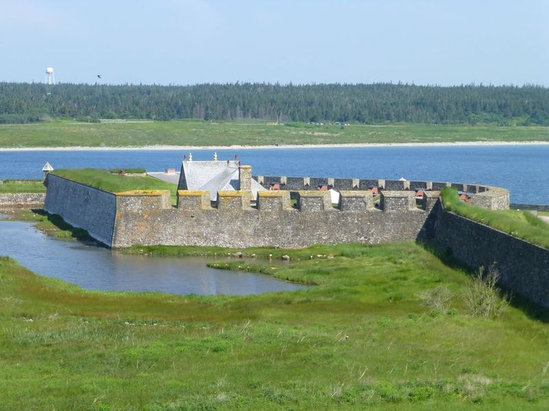 File:Fortress Louisbourg Dauphin Bty - 10.jpg