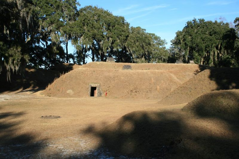 File:Fort McAllister Central Bombproof - 2.jpg