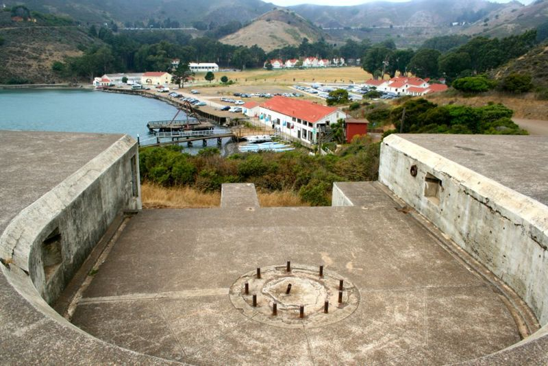File:Fort Baker Battery Yates Emp3.jpg