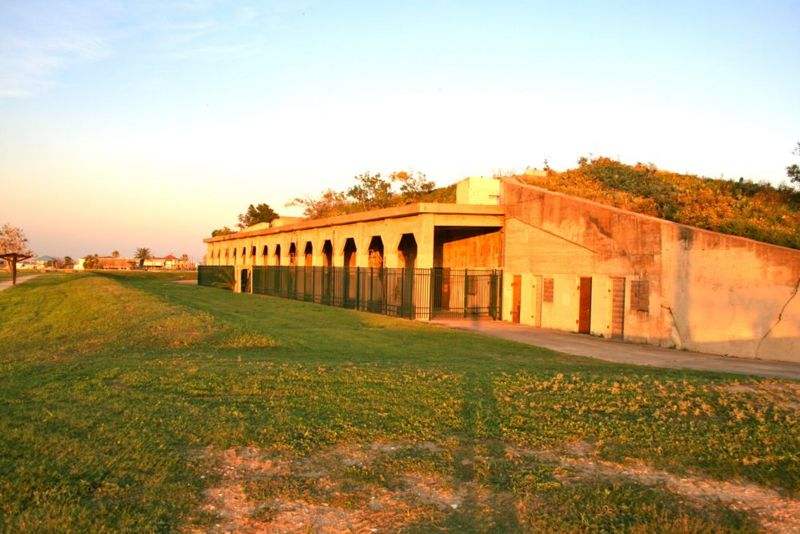 File:Fort Travis Battery Kimble - 01.jpg