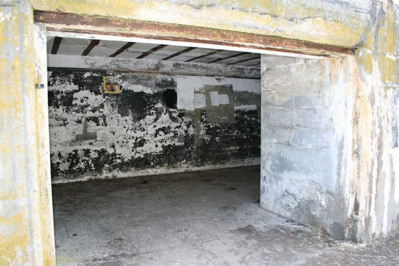File:Fort Casey Battery Schenck - 03.jpg