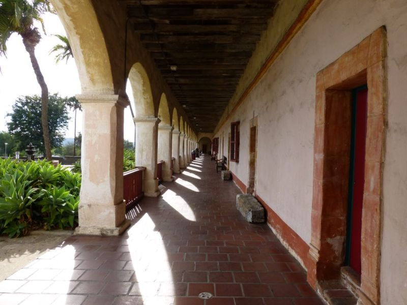 File:Mission Santa Barbara - 15.jpg