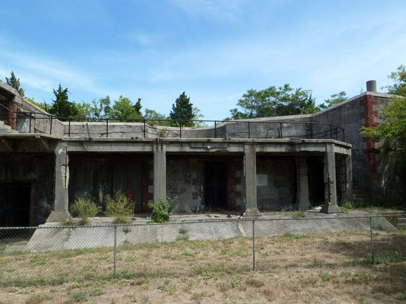 File:Fort Hancock Battery Granger Emp1.jpg