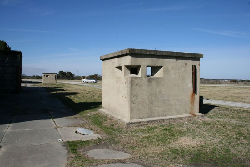 File:Fort Caswell Battery Bagely Data Booth - 2.jpg