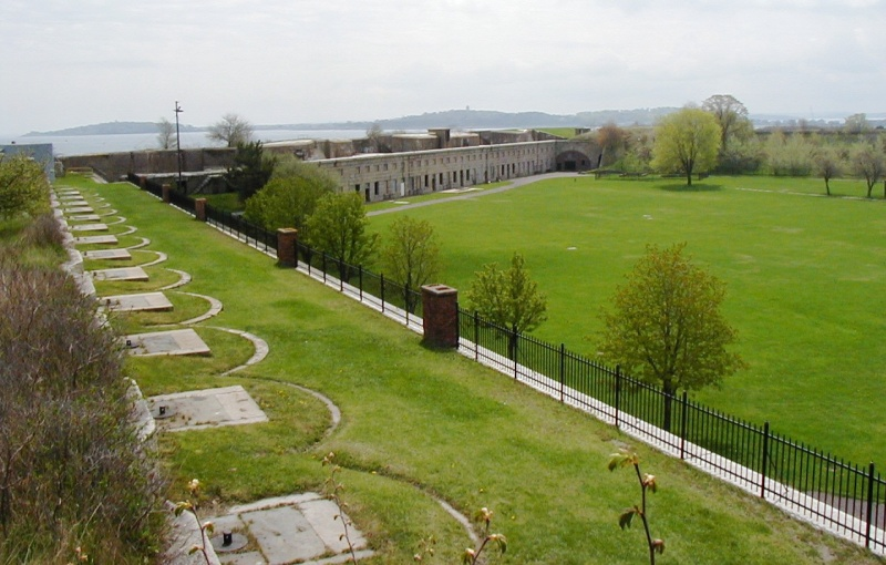 File:Fort Warren Inside.jpg