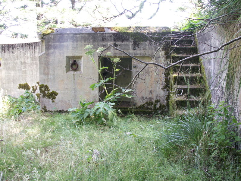 File:Battery O'Flying Gun Emplacement One - Alcove.JPG