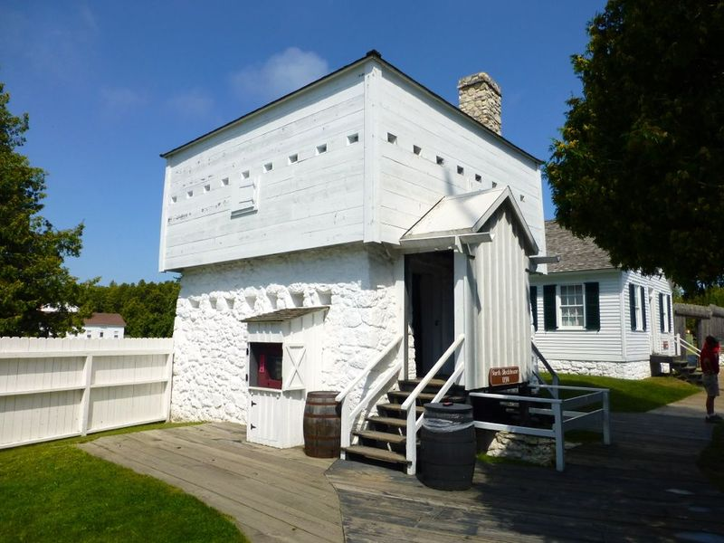 File:Fort Mackinac 1798 North Blockhouse - 2.jpg