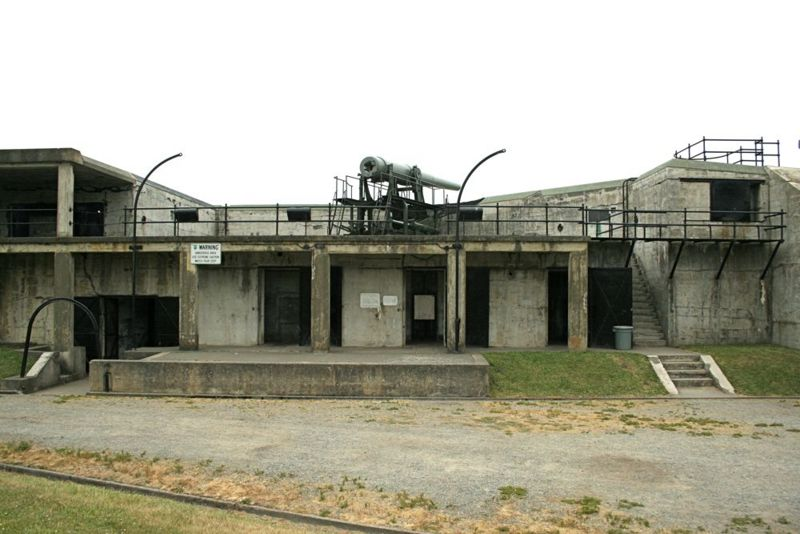 File:Fort Casey - Battery Worth - 04.jpg