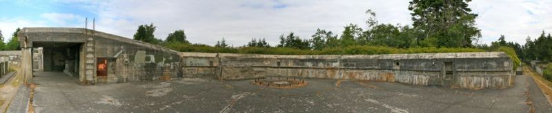 File:Fort Worden Battery Quarles Emp3 Panorama.jpg