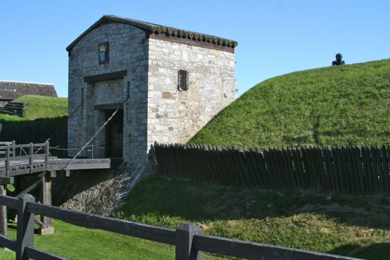 File:Fort Niagara Entrance.jpg