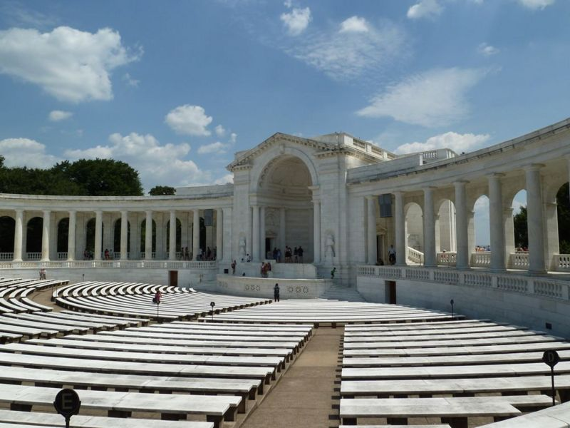 File:Arlington National Cemetery - 09.jpg