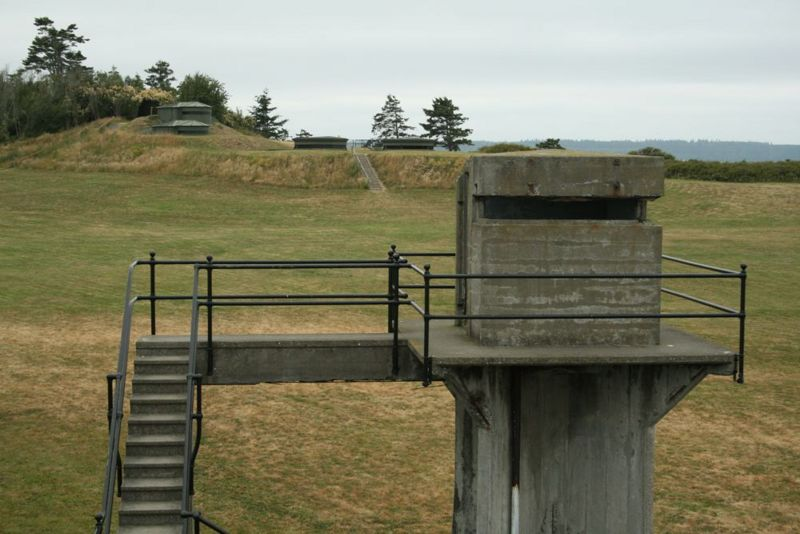 File:Fort Casey Battery Moore Fire Control.jpg