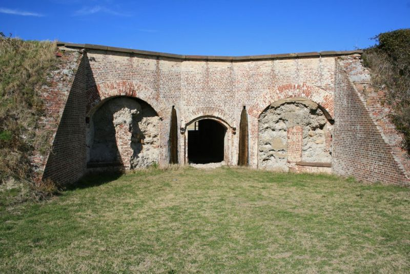 File:Fort Caswell Old Fort - 07.jpg