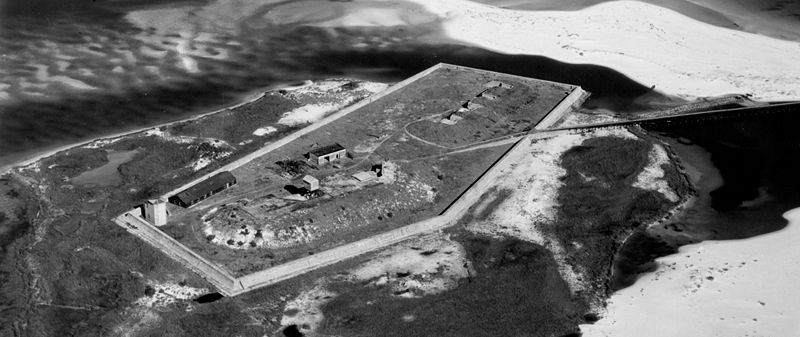 File:Fort McRee 1928.jpg