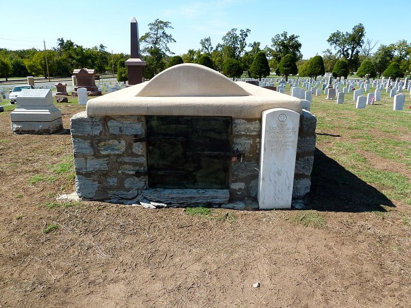 File:Fort Sill Post Cemetery - 07.jpg