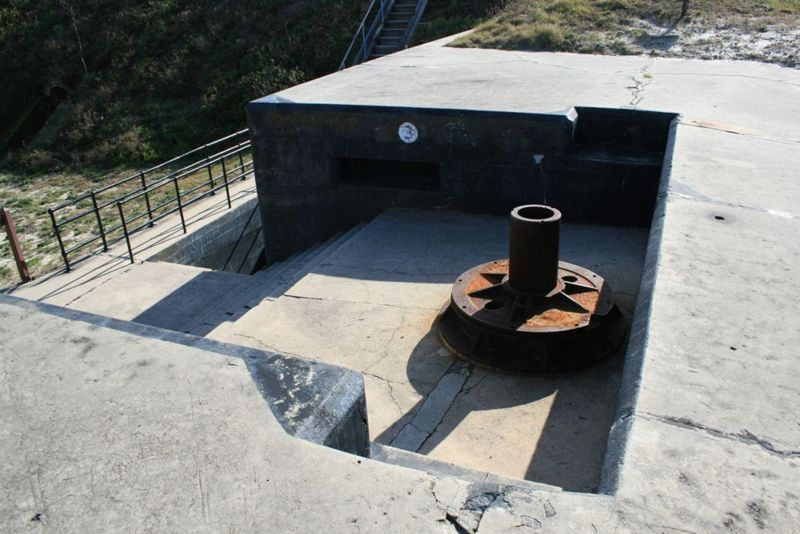File:Fort Morgan Battery Schenck Emp 3 - 1.jpg